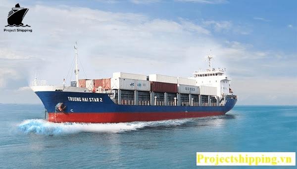 Chi phí vận chuyển hàng hóa bằng tàu biển sang Mỹ thực tế thấp hơn so với đường hàng không